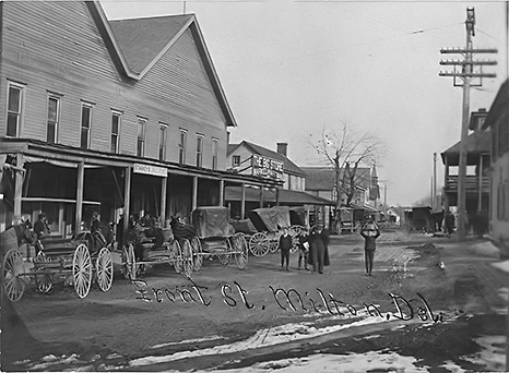 Stores along Front Street before the fire of August 1909